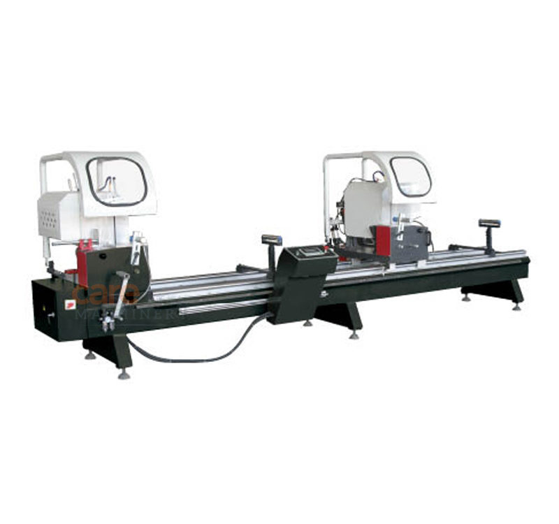 Double-head automatic cutting saw for PVC profile